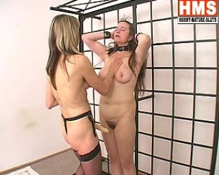Mature kinky lesbians doing eachother
